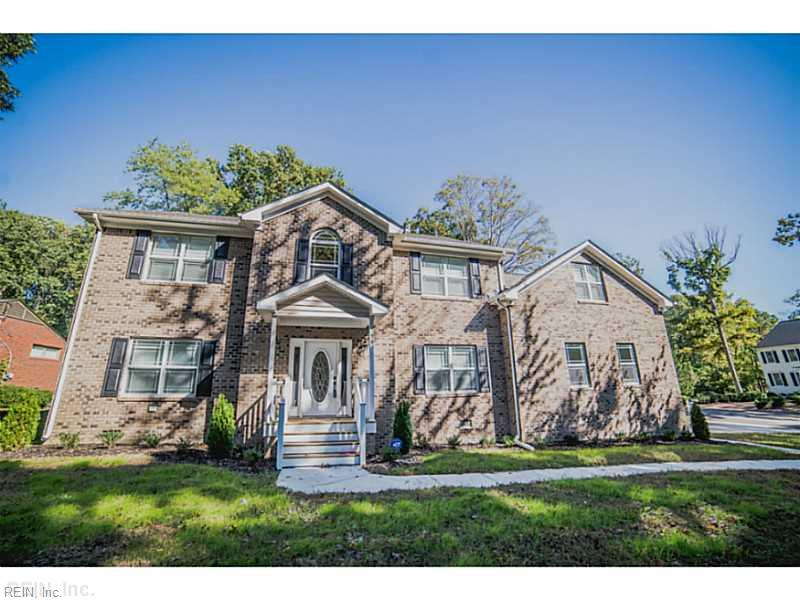 90 Hermitage Rd, Newport News, VA 23606