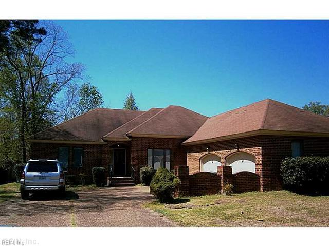 101 Millers Cove Rd, Newport News, VA 23602