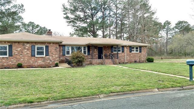924 Costa Ave, Chesapeake, VA 23320
