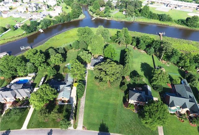 1516 Pine Grove Ln, Chesapeake, VA 23321