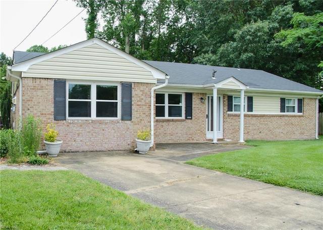 414 Blanche Ct, Chesapeake, VA 23323