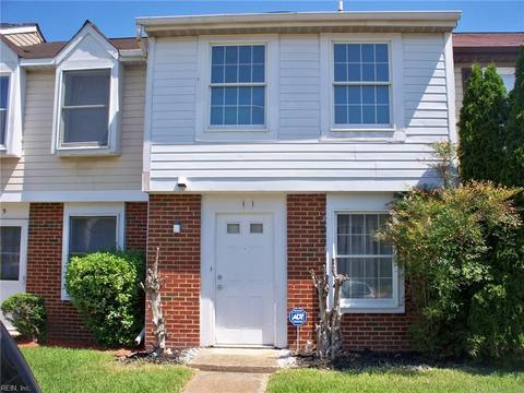 11 Christine Ct, Hampton, VA 23666