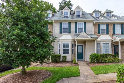 1527 Heritage Ave, Virginia Beach, VA 23464