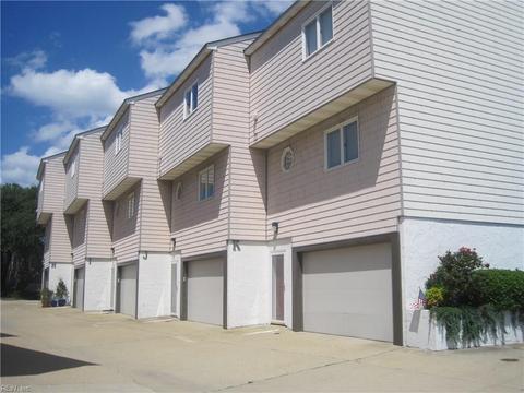 824 W Ocean View Ave #J, Norfolk, VA 23503