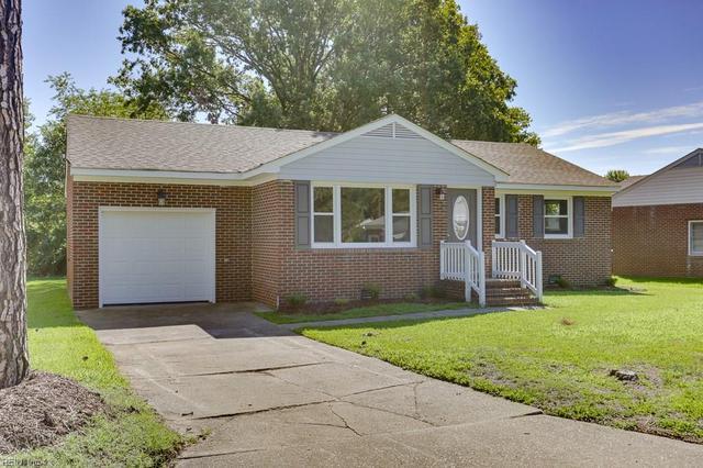 9608 Carver Dr, Newport News, VA 23605