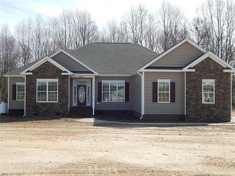 26236 Bows And Arrows Rd, Carrsville, VA 23315