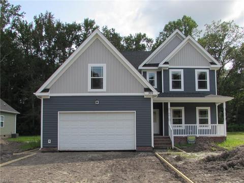 305 Hickory Woods Ct, Chesapeake, VA 23322