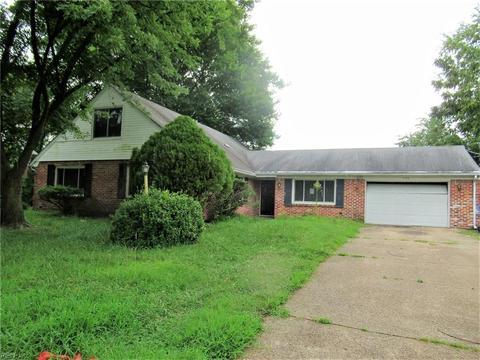 540 Providence Rd, Chesapeake, VA 23325
