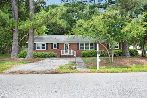 100 Carraway Ter Yorktown Va 32 Photos Mls 10227687 Movoto
