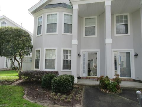 563 Seahorse Rn Run, Chesapeake, VA For Sale MLS# 10244919 - Movoto