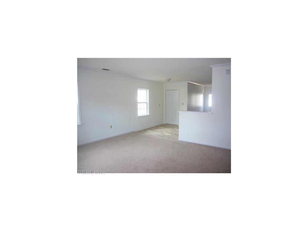 7406 Orcutt Avenue, Newport News, VA 23605