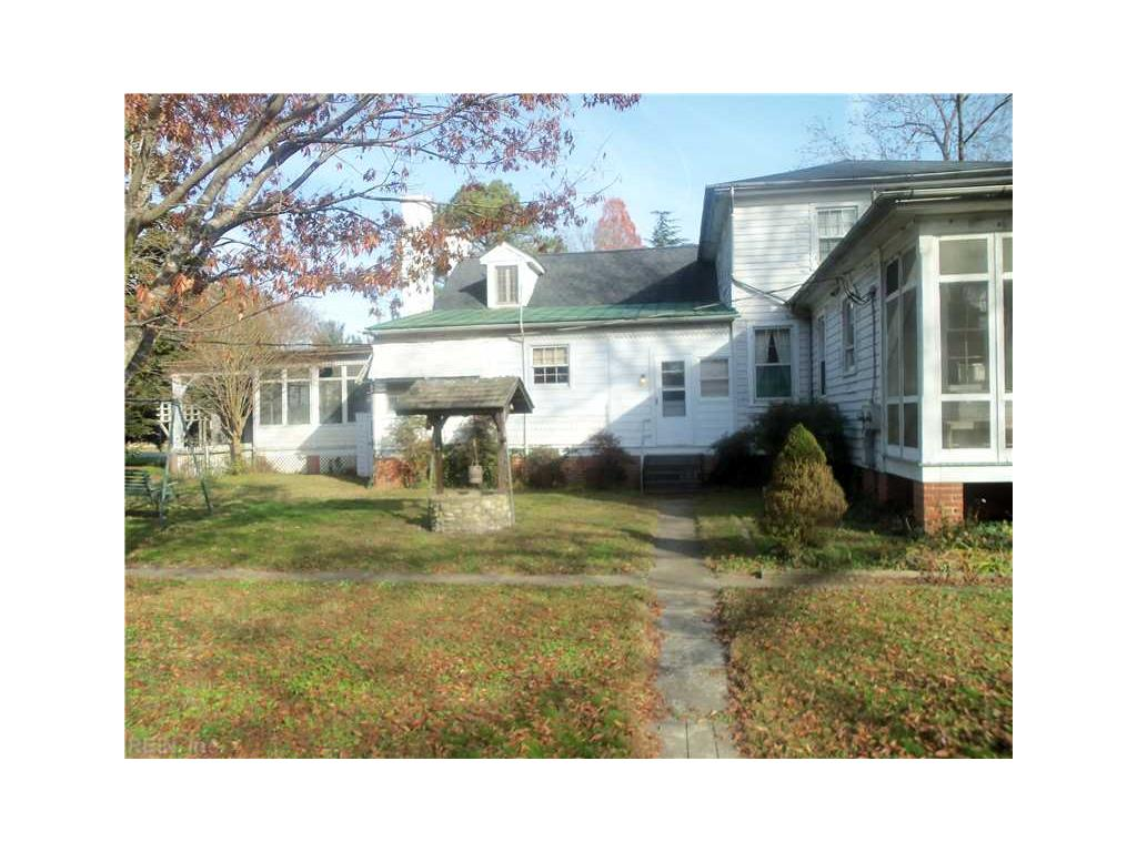 133 Kings Highway, Suffolk, VA 23432