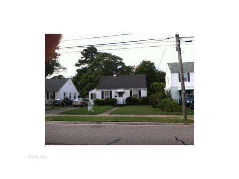 1131 16th St, Newport News, VA 23607