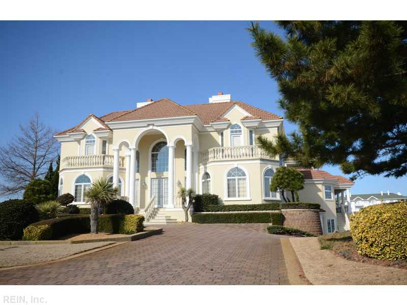 509 Virginia Dare Dr, Virginia Beach VA 23451