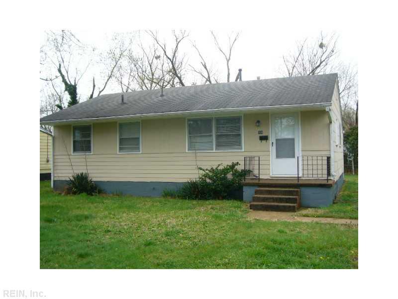 104 Aspenwood Dr, Hampton, VA