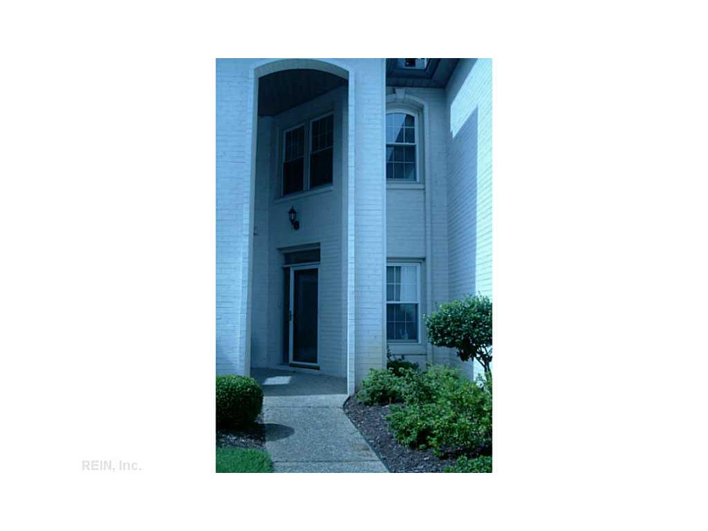 1710 Royal Park Court, Virginia Beach, VA 23454