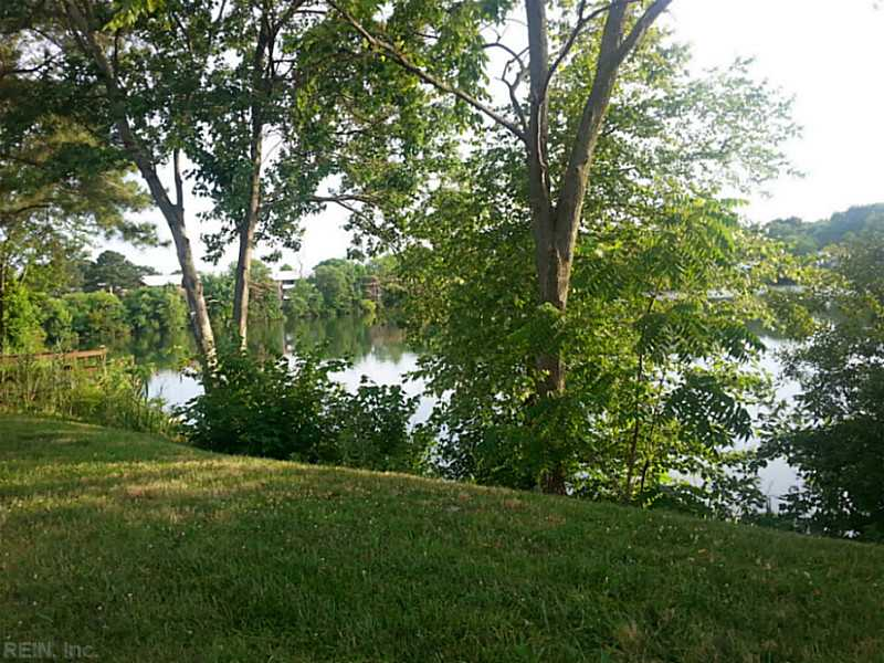 158 Lake One Drive, Hampton, VA 23666