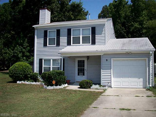 9 Peterborough Dr, Hampton, VA