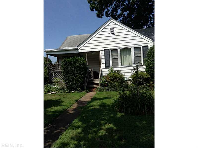 1028 Earl St, Norfolk, VA