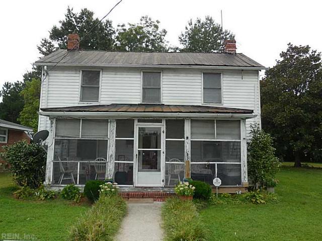 421 Pine St, Franklin VA 23851