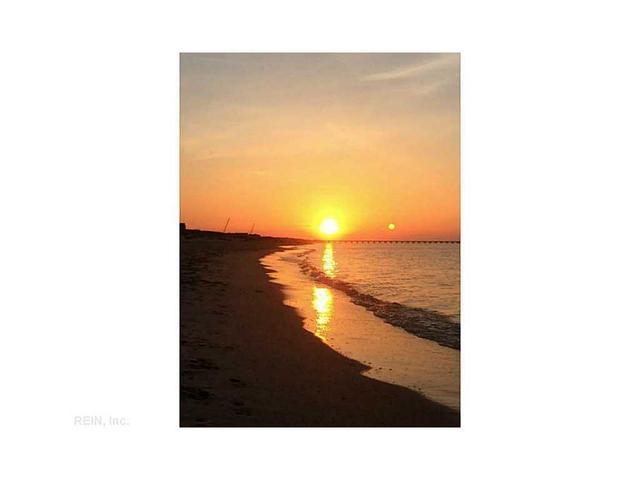 3288 Page Ave #1403, Virginia Beach, VA 23451