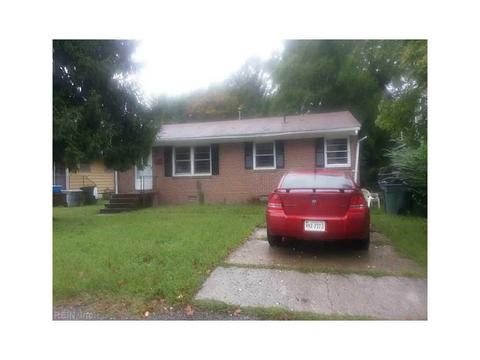 3639 Ervin St, Hampton, VA 23661