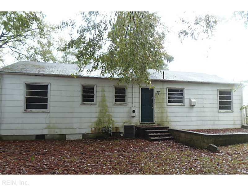 3421 W Weaver Rd, Hampton VA 23666