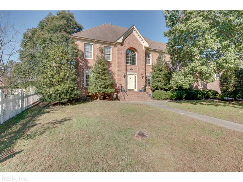 1128 Old Vintage Rd, Chesapeake, VA