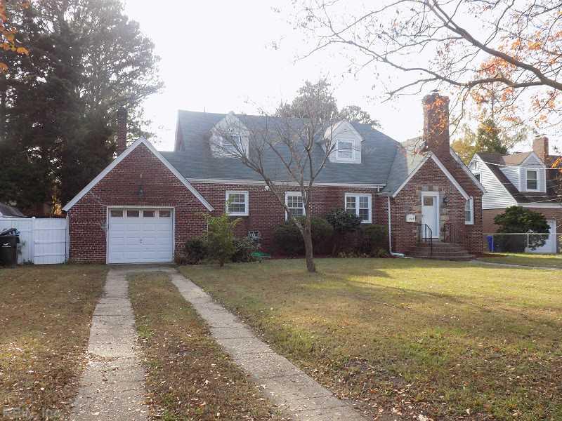405 Kingsley Ln, Norfolk, VA