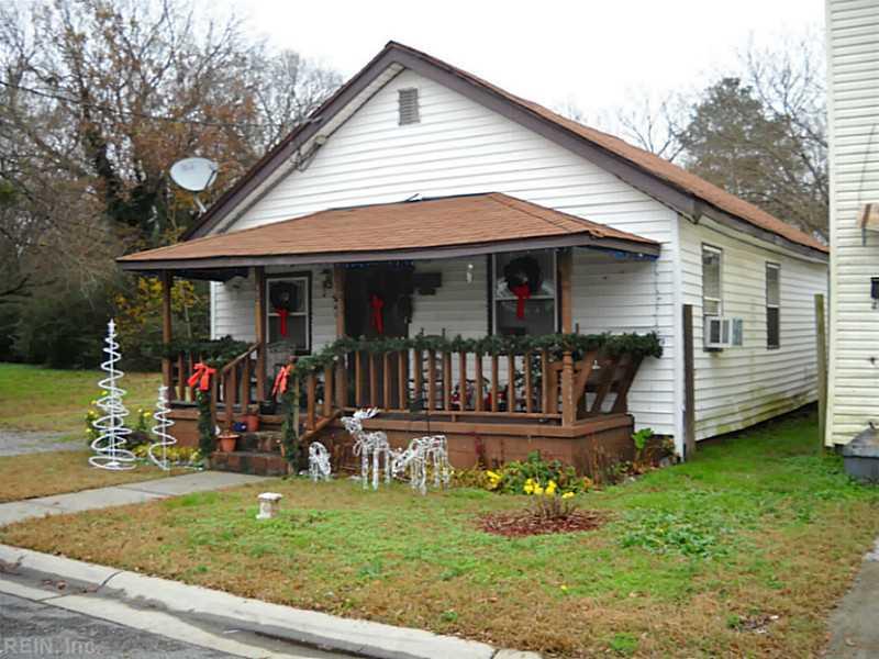 412 Linden Ave, Suffolk, VA
