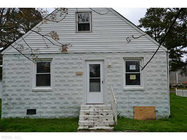 5280 Libertyville Rd, Chesapeake VA 23320