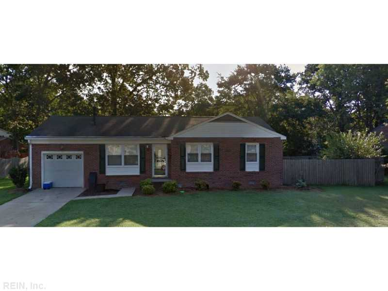 47 Madrid Dr, Hampton, VA