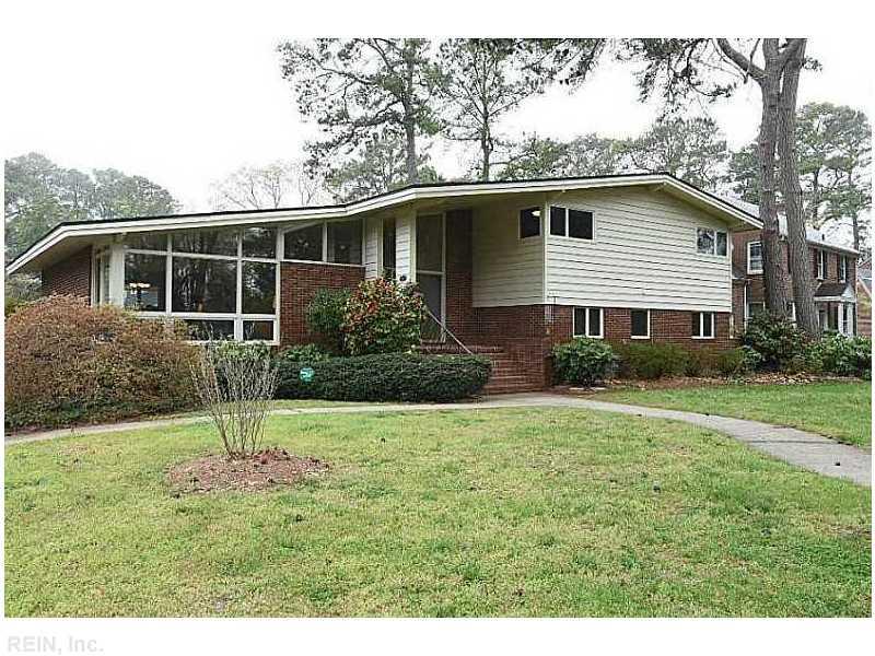 517 Oak Grove Rd, Norfolk, VA