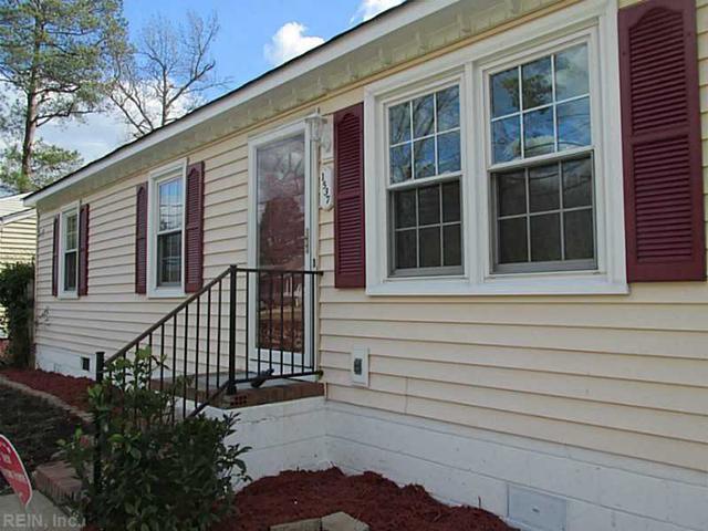 1537 Shell Rd, Chesapeake VA 23323