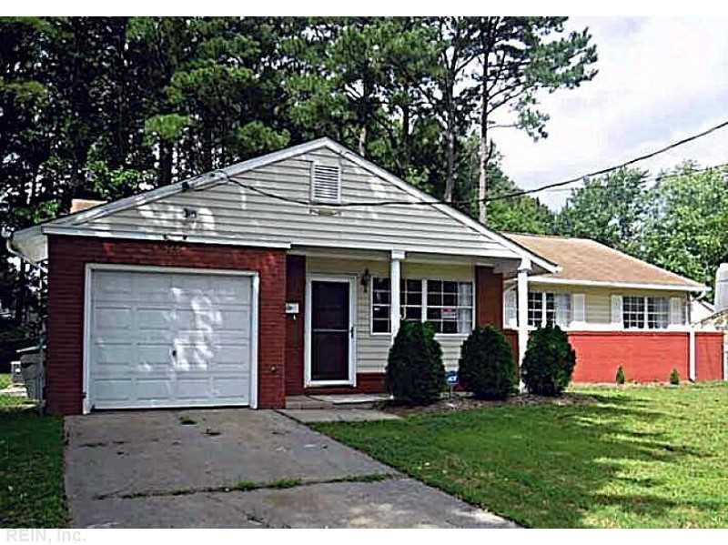 3204 Bragg Ct, Hampton, VA