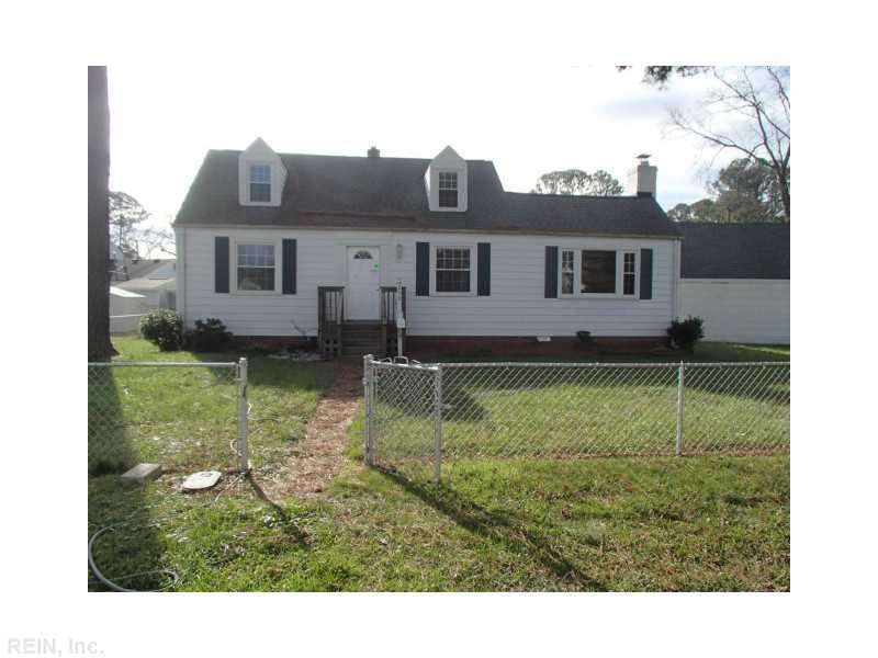 209 Fairview Cir, Portsmouth, VA