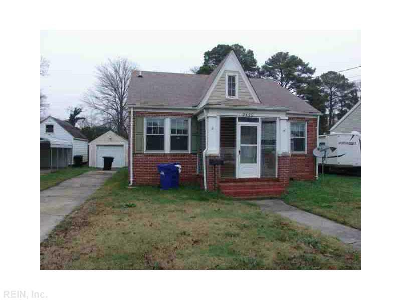 2420 Greenwood Dr, Portsmouth, VA