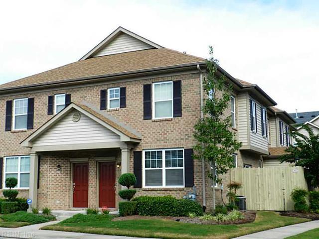 402 Oakstone Trl, Chesapeake VA 23320
