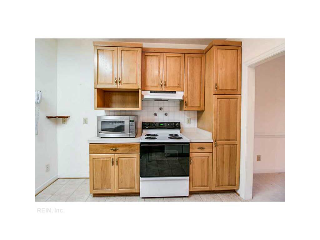 618 Beechwood Drive, Williamsburg, VA 23185