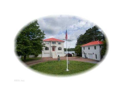 721 Railway Rd, Yorktown, VA 23692