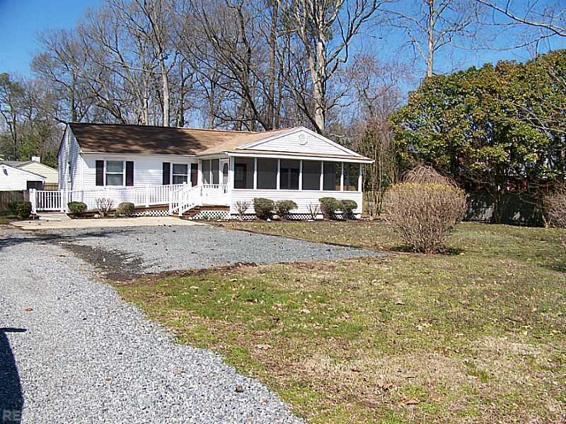 179 Harris Creek Road, Hampton, VA 23669