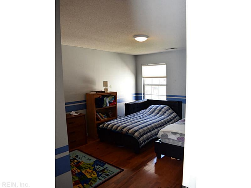 927 Ivystone Way Newport News, VA 23602