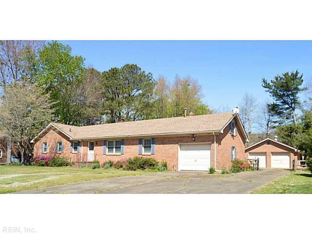 456 Brockenbraugh Rd, Chesapeake VA 23322