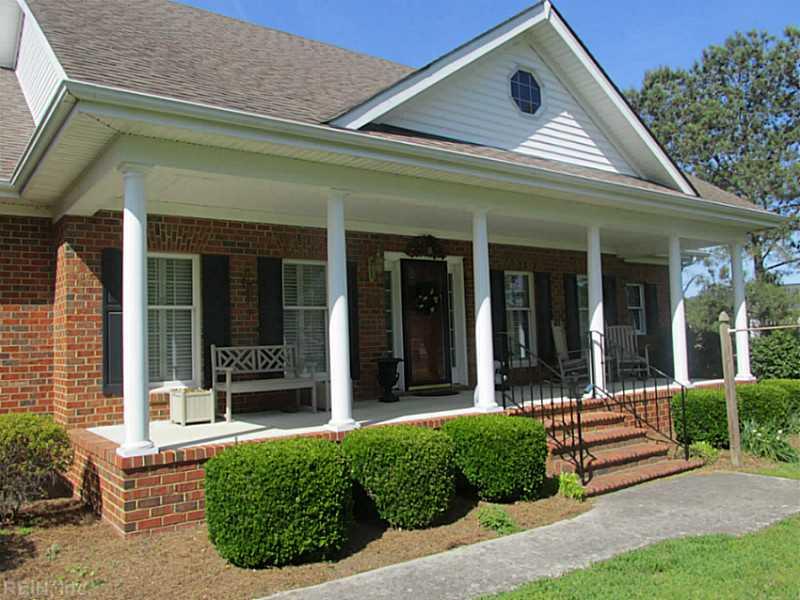 1420 Pine Bark Dr, Chesapeake, VA