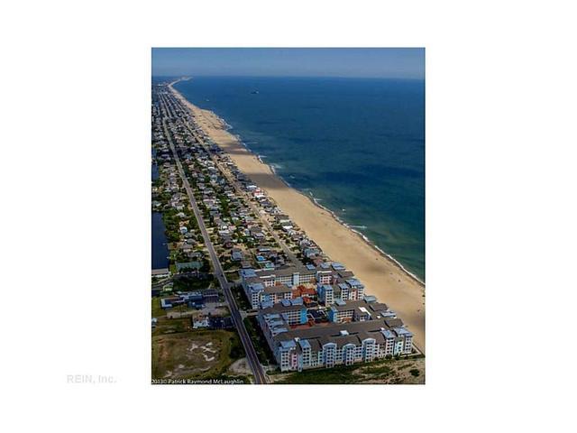 3738 Sandpiper Rd #408B, Virginia Beach, VA 23456