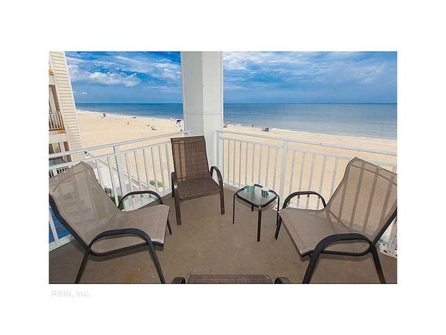 3738 Sandpiper Rd #309B, Virginia Beach, VA 23456