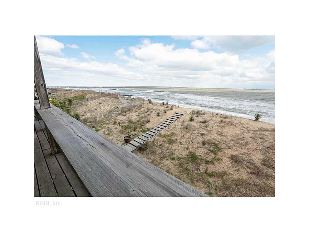 738 W Ocean View Avenue #B, Norfolk, VA 23503