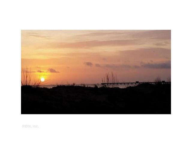 738 W Ocean View Ave #B, Norfolk, VA 23503