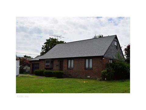 626 Hemlock Rd, Newport News, VA 23601