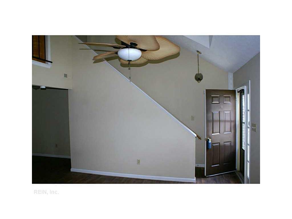 384 Kinsmen Way, Hampton, VA 23666